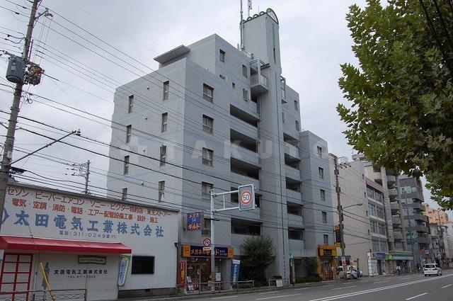 阪急電鉄京都線 西京極駅(徒歩18分)