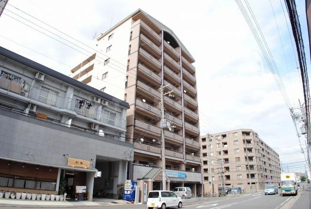 阪急電鉄京都線 西京極駅(徒歩15分)