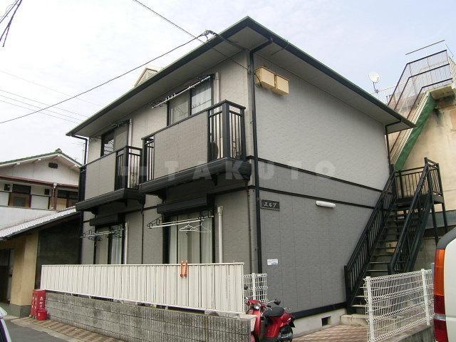 京都市東西線 二条駅(徒歩15分)、山陰本線 二条駅(徒歩14分)