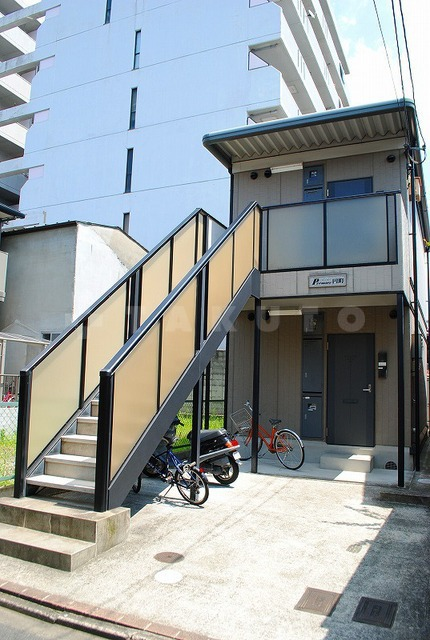 山陰本線 二条駅(徒歩16分)