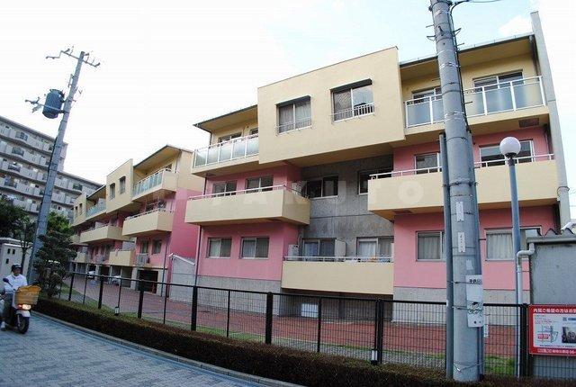 北大阪急行南北線 緑地公園駅(徒歩15分)