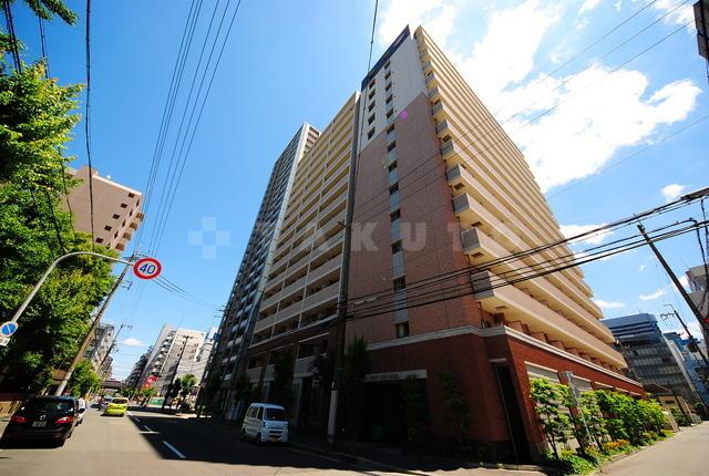 御堂筋線 新大阪駅(徒歩7分)、東海道本線 新大阪駅(徒歩10分)