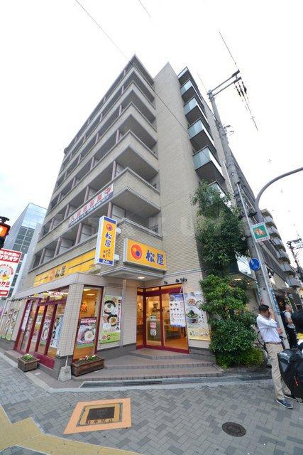 御堂筋線 江坂駅(徒歩3分)、北大阪急行南北線 江坂駅(徒歩3分)