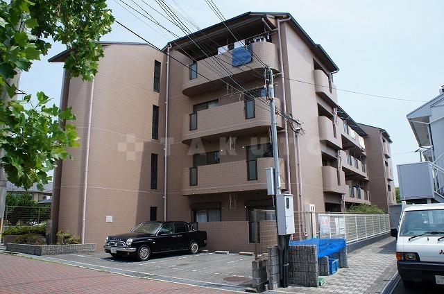 阪急電鉄千里線 南千里駅(バス18分 ・総合運動場停、 徒歩4分)