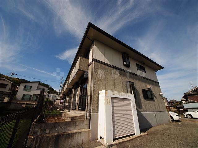 阪急電鉄箕面線 箕面駅(バス10分 ・白島北停、 徒歩2分)