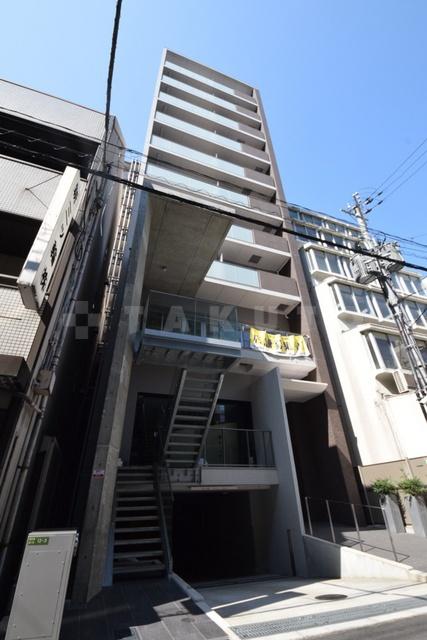 谷町線 東梅田駅(徒歩6分)、御堂筋線 梅田駅(徒歩10分)