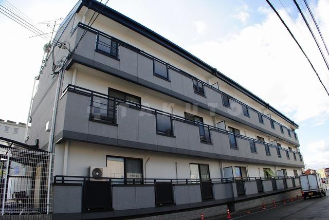 阪急電鉄箕面線 箕面駅(バス10分 ・白島停、 徒歩1分)