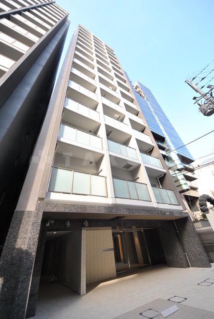 御堂筋線 心斎橋駅(徒歩5分)