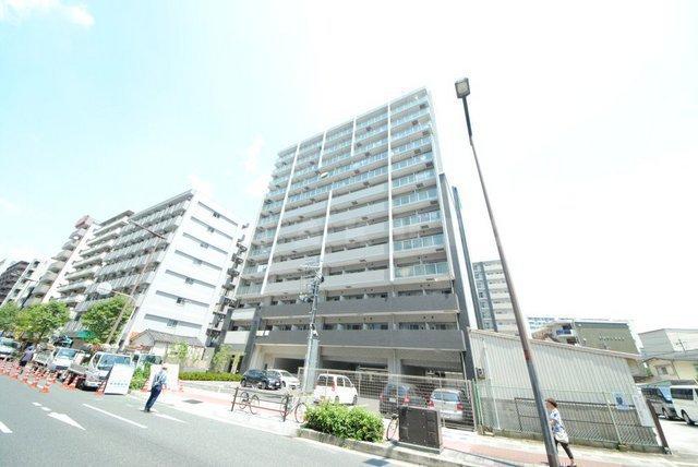 大阪市御堂筋線 新大阪駅(徒歩8分)、東海道本線 新大阪駅(徒歩6分)