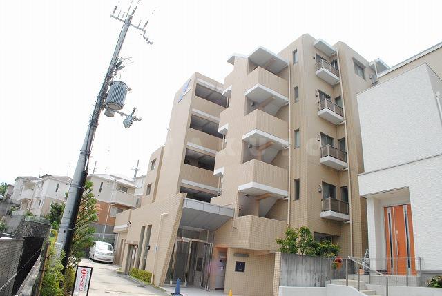 阪急電鉄千里線 南千里駅(徒歩18分)