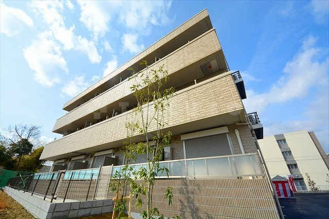 阪急電鉄千里線 北千里駅(徒歩15分)
