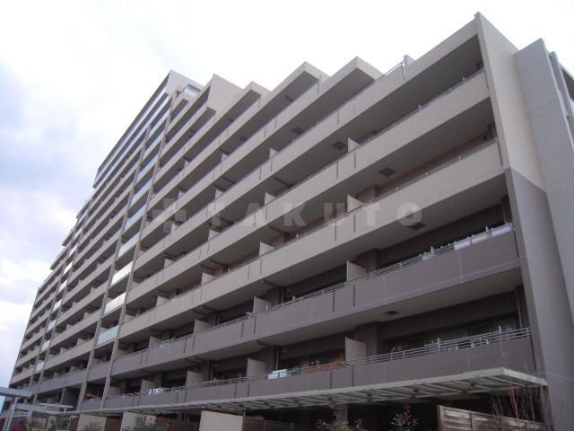 大阪高速鉄道 千里中央駅(徒歩22分)