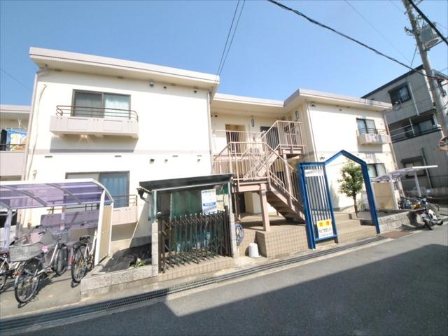 阪急電鉄箕面線 箕面駅(バス15分 ・萱野三平前停、 徒歩3分)