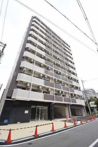 御堂筋線 大国町駅(徒歩3分)