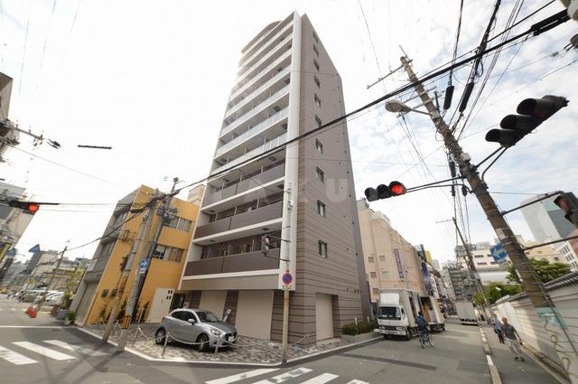 谷町線 東梅田駅(徒歩7分)、御堂筋線 梅田駅(徒歩11分)