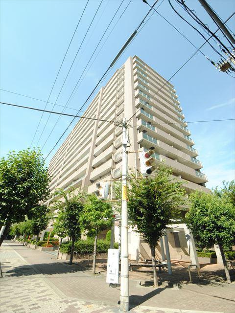 御堂筋線 新大阪駅(徒歩11分)