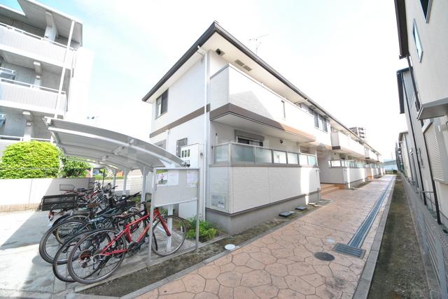 大阪高速鉄道 柴原阪大前駅(徒歩16分)