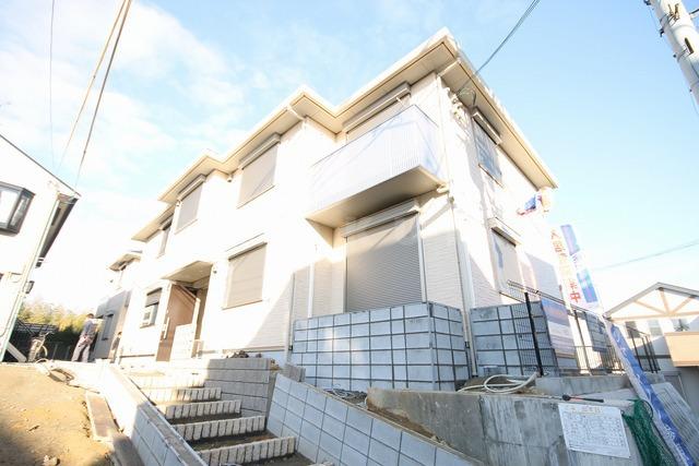 大阪高速鉄道 柴原阪大前駅(徒歩9分)