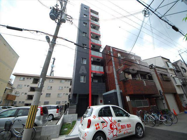 御堂筋線 西中島南方駅(徒歩9分)