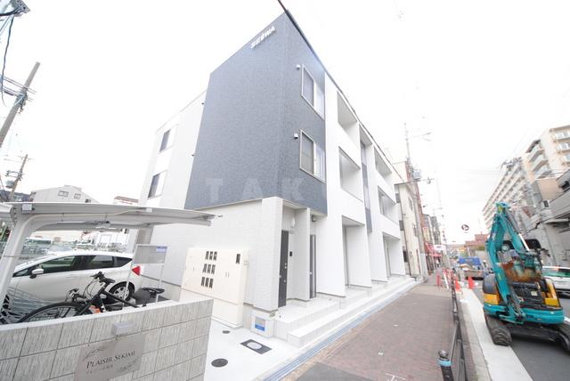 京阪電気鉄道京阪線 関目駅(徒歩8分)、今里筋線 関目成育駅(徒歩10分)