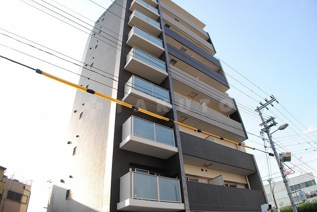 千日前線 野田阪神駅(徒歩7分)、阪神電鉄本線 野田駅(徒歩8分)