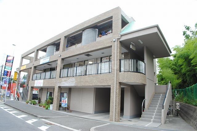 大阪高速鉄道 山田駅(徒歩8分)