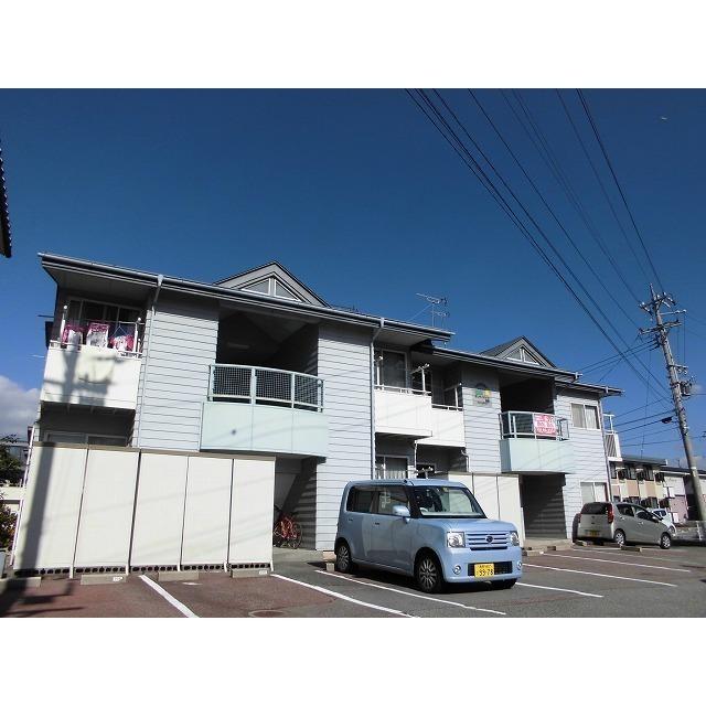 長野電鉄長野線 附属中学前駅(徒歩13分)