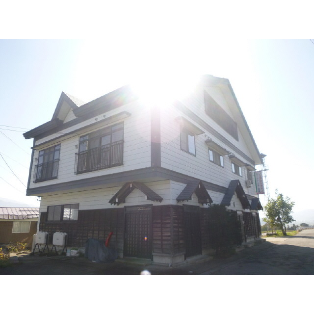 飯山線 戸狩野沢温泉駅(徒歩20分)