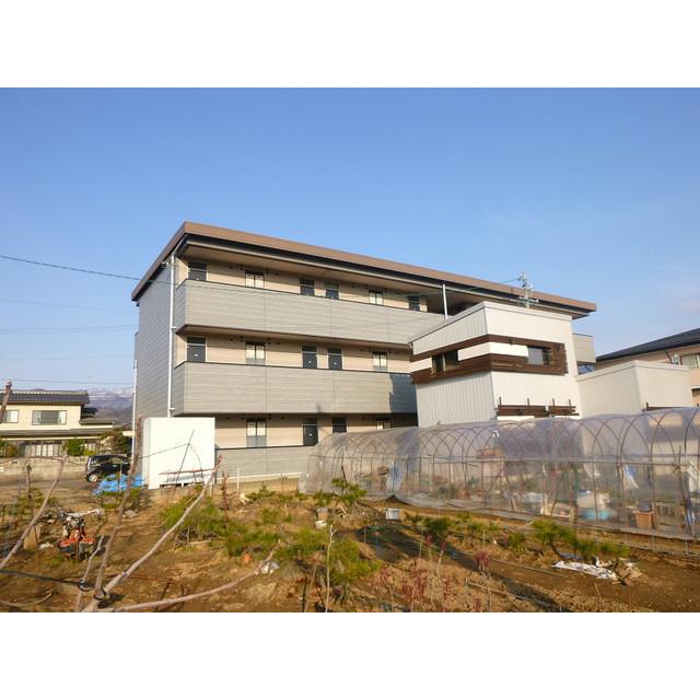 長野電鉄長野線 信州中野駅(徒歩6分)