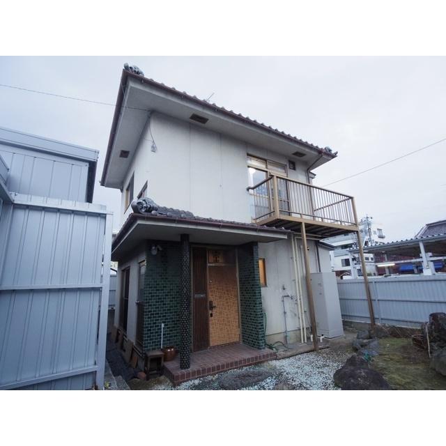 しなの鉄道 上田駅(徒歩7分)、北陸新幹線 上田駅(徒歩7分)