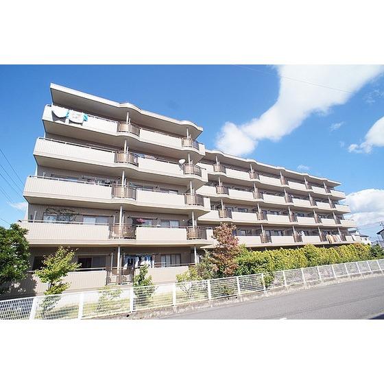 東北新幹線 郡山駅(バス15分 ・桜小学校停、 徒歩4分)
