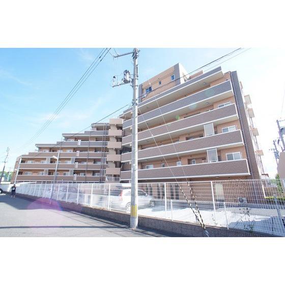 東北新幹線 郡山駅(バス15分 ・芳賀二丁目停、 徒歩4分)
