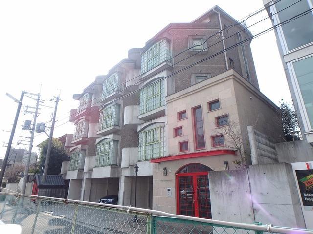 阪急電鉄宝塚線 石橋阪大前駅(徒歩2分)