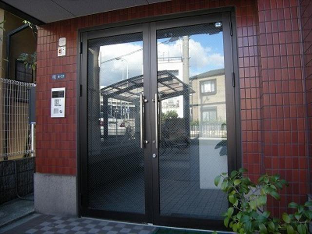 大阪高速鉄道 大阪空港駅(徒歩22分)