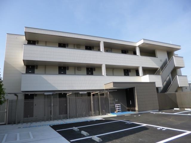 大阪府豊中市螢池北町1丁目1LDK+1納戸