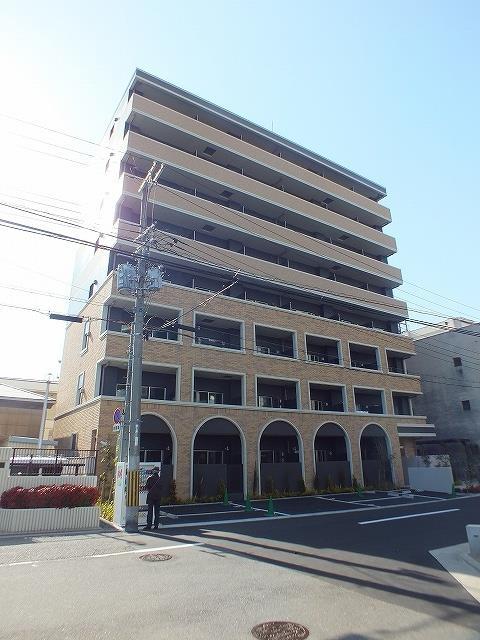 阪神電鉄本線 野田駅(徒歩9分)、千日前線 野田阪神駅(徒歩11分)