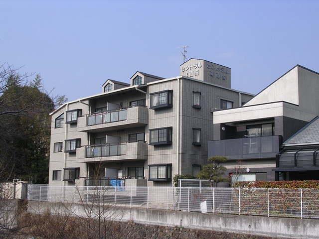 大阪府箕面市桜2丁目3LDK