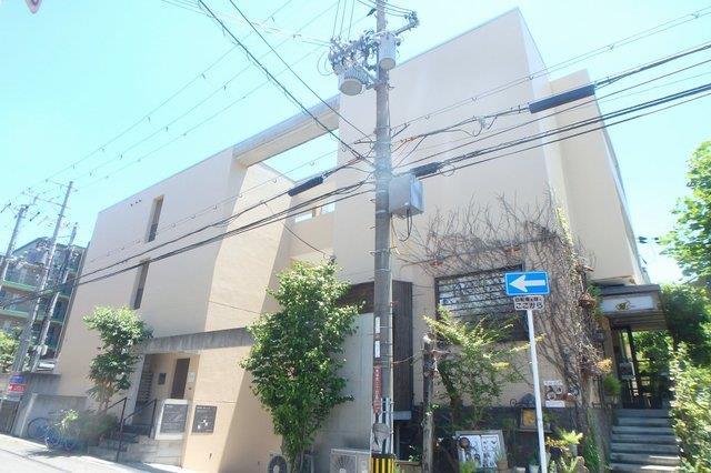 大阪府箕面市船場西3丁目1K