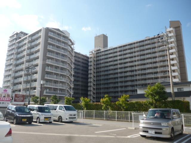 北陸本線 長浜駅(徒歩16分)