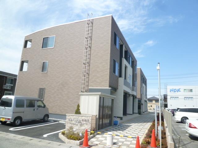 東海道本線 米原駅(徒歩9分)