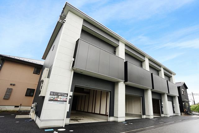 近江鉄道本線 ひこね芹川駅(徒歩3分)