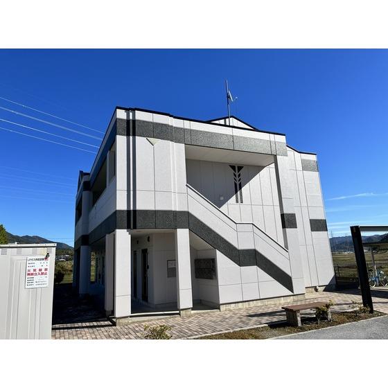 東海道本線 近江長岡駅(バス10分 ・間田南停、 徒歩5分)