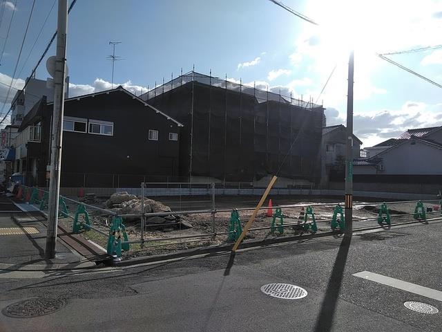 阪和線 堺市駅(徒歩8分)