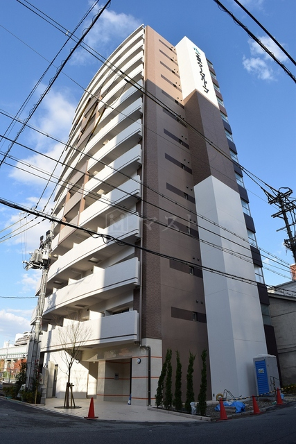 御堂筋線 大国町駅(徒歩11分)