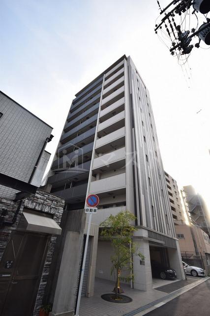 大阪環状線 福島駅(徒歩8分)、阪神電鉄本線 福島駅(徒歩11分)