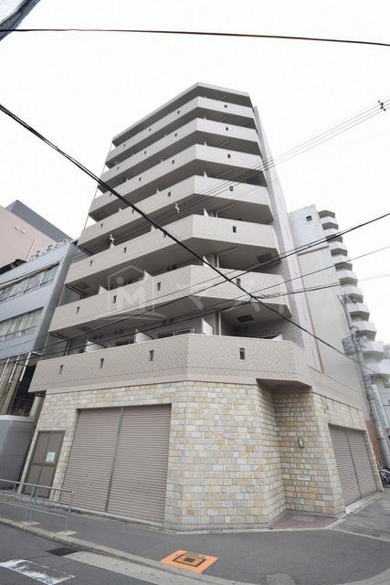 阪急電鉄神戸線 中津駅(徒歩7分)、阪急電鉄宝塚線 中津駅(徒歩7分)