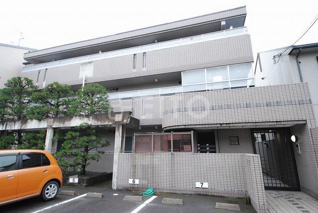 京都市烏丸線 北山駅(徒歩15分)