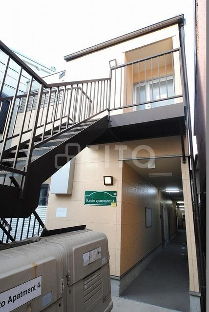 京阪電気鉄道鴨東線 神宮丸太町駅(徒歩10分)