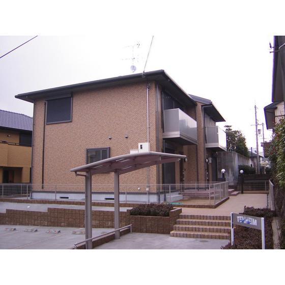関西本線 王寺駅(バス15分 ・桜ヶ丘1丁目停、 徒歩3分)