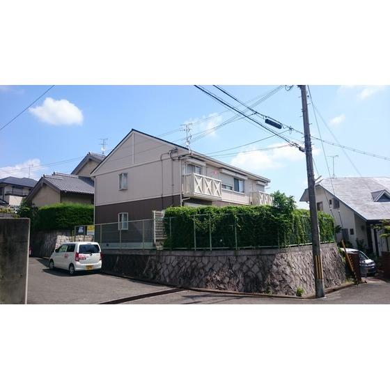 関西本線 王寺駅(バス8分 ・広瀬台二丁目停、 徒歩3分)